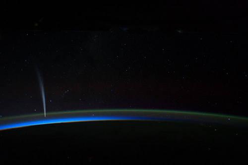 cometa-lovejoy-iss